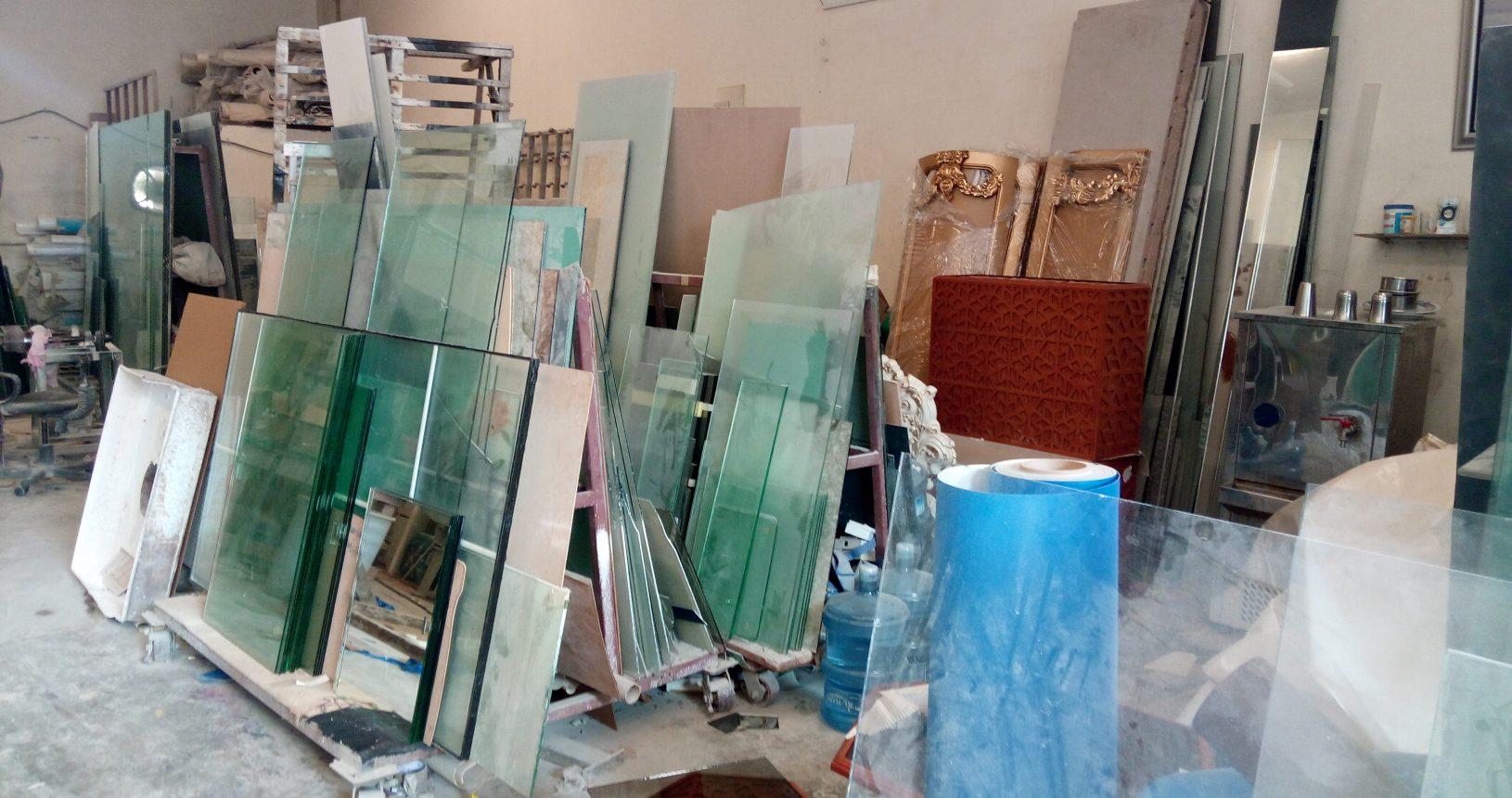 Burhani Glass Trading LLC workshop