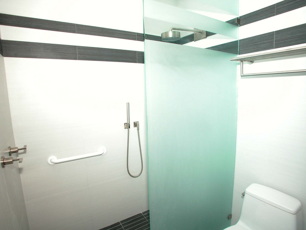 Shower Glass Partition Enclosure At Lowest Prices Dubai